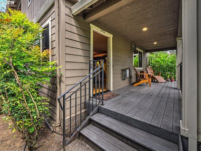 Portland Condo/Townhouse For Sale: 3701 SE 33rd Ave