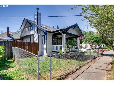 Single Family Home For Sale: 2405 SE 40th Ave