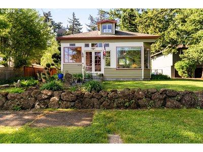 Portland Single Family Home For Sale: 11132 SE Salmon St