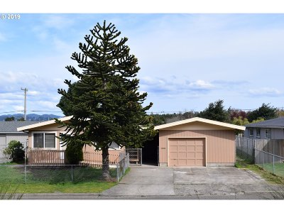 North Bend Single Family Home For Sale: 1611 Arthur