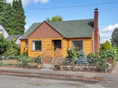 Portland Single Family Home For Sale: 1775 NE Saratoga St
