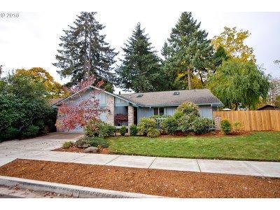 Eugene Single Family Home For Sale: 2710 Cheryl St