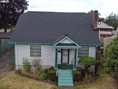 Single Family Home For Sale: 145 S 8th St