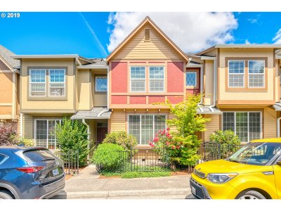 Beaverton Single Family Home For Sale: 17025 SW Pleasanton Ln