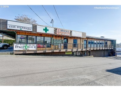 Tigard, King City, Sherwood, Newberg Commercial For Sale: 11642 SW Pacific Hwy