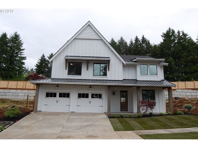 West Linn Single Family Home For Sale: 5153 Heron Dr #L43