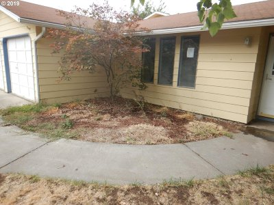 Hermiston Single Family Home For Sale: 650 W Moore Ave