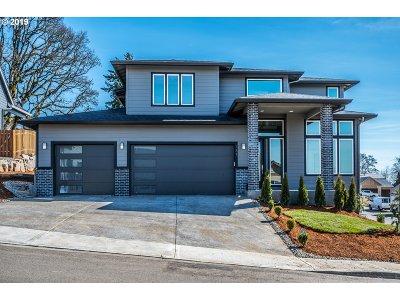 La Center Single Family Home For Sale: 137 W 13th Way