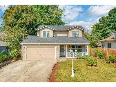 Portland Single Family Home For Sale: 7403 N Syracuse St