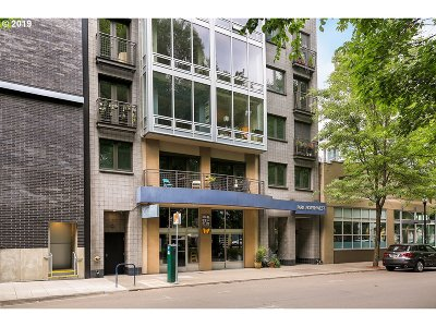Condo/Townhouse For Sale: 327 NW Park Ave #4D