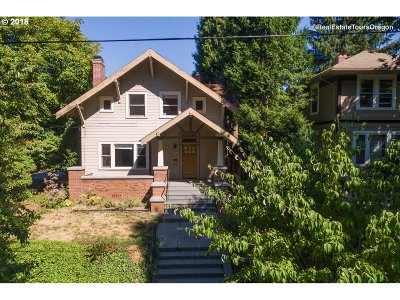 Single Family Home For Sale: 3007 NE Flanders St