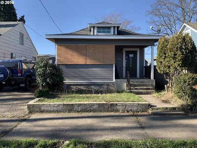 Portland Single Family Home For Auction: 4109 SE 65th Ave