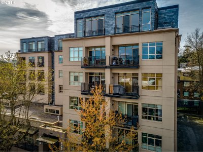 Portland Condo/Townhouse For Sale: 1930 NW Irving St