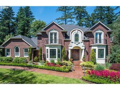 Lake Oswego OR Single Family Home For Sale: $1,750,000
