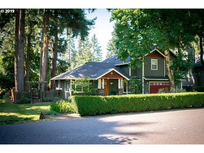 Clackamas County Single Family Home For Sale: 5350 SW Dawn St