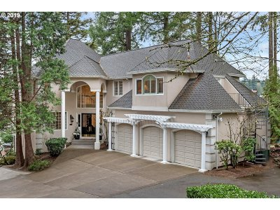 Lake Oswego Single Family Home For Sale: 16865 Greenbrier Rd