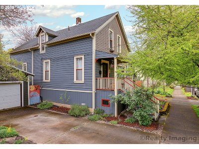 Single Family Home For Sale: 1237 SE Rhine St