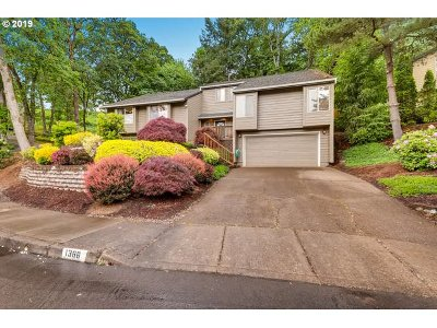 Salem Single Family Home Bumpable Buyer: 1386 NW Windsong Ct
