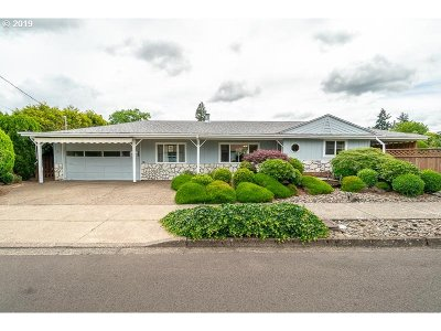 McMinnville Single Family Home For Sale: 1224 SW Gilorr St