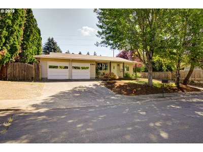 Beaverton Single Family Home For Sale: 6180 SW 171st Ave