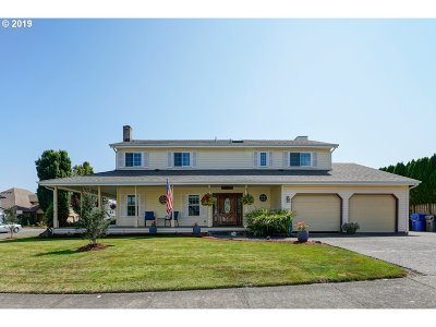 Keizer Single Family Home For Sale: 6774 Rock Ledge Ct