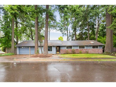 Beaverton Single Family Home For Sale: 13525 SW 24th St