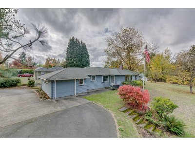 Beaverton Single Family Home For Sale: 3255 SW 110th Ave