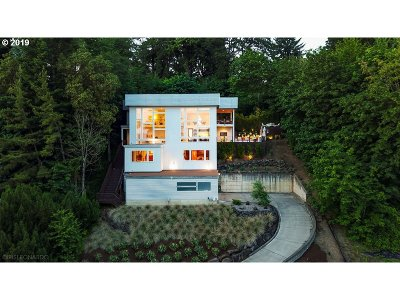 Vancouver Single Family Home For Sale: 3816 Edgewood Dr