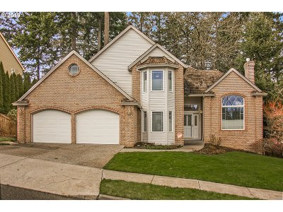 Single Family Home For Sale: 11292 SE Highland Loop