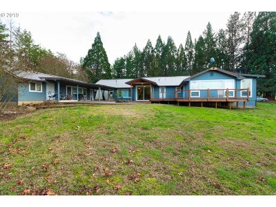 Myrtle Creek Multi Family Home For Sale: 15974 Old Highway 99 S