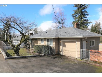 Multnomah County Single Family Home For Sale: 1841 NW Division St