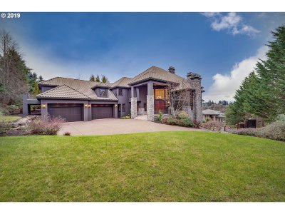 Clackamas County Single Family Home For Sale: 2665 Lorinda Ln