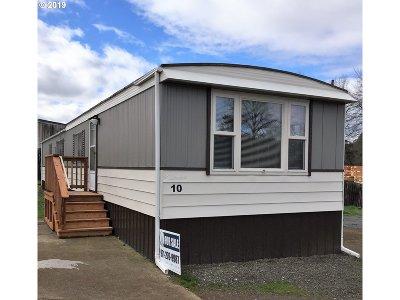 Single Family Home For Sale: 1530 Tamarack St #10