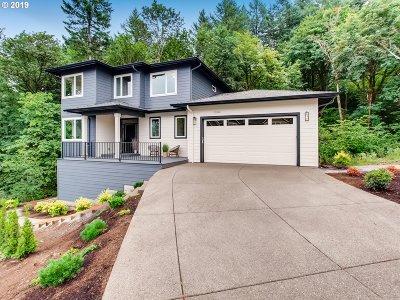 Single Family Home For Sale: 12198 SE Lexington St