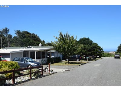 Gold Beach OR Single Family Home For Sale: $239,500
