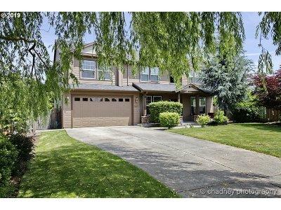 Gresham Single Family Home For Sale: 4871 SE 4th Ter