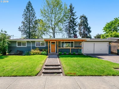 Beaverton Single Family Home For Sale: 11450 SW 14th St