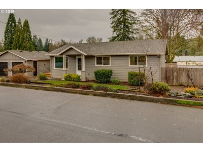 Single Family Home Sold: 15705 SE Hugh Ave