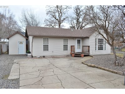 la grande Single Family Home For Sale: 3104 Walnut St