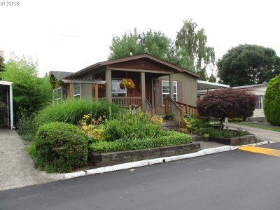 Beaverton Single Family Home For Sale: 765 SW Liberty Bell Dr
