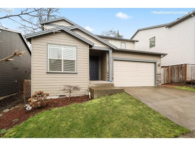 Single Family Home For Sale: 19576 SW Sonia Ln