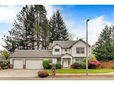 Troutdale Single Family Home For Sale: 4438 SE Sweetbriar Ln