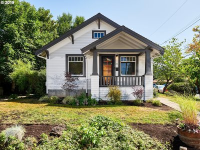 Portland Single Family Home For Sale: 4804 SE Sherman St