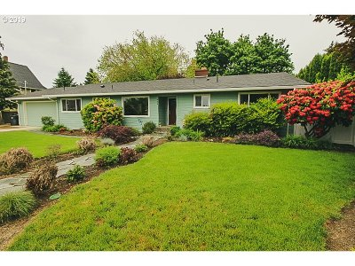 Canby Single Family Home For Sale: 484 SE Township Rd