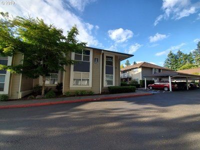 Gresham Condo/Townhouse For Sale: 4736 W Powell Blvd