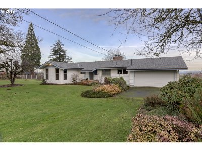 Scappoose Single Family Home For Sale: 51000 SW Old Portland Rd
