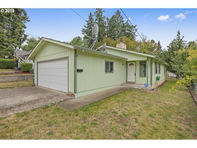 Sweet Home Single Family Home For Sale: 744 12th Ave