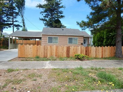 Coos Bay Single Family Home For Sale: 350 S Cammann St