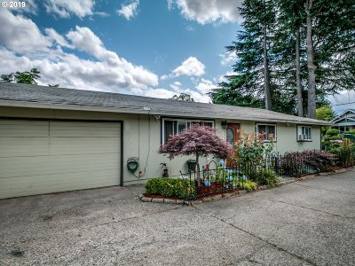 Portland Single Family Home For Sale: 6918 SE 92nd Ave