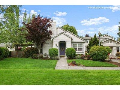Hillsboro Single Family Home For Sale: 1785 NE 63rd Ave